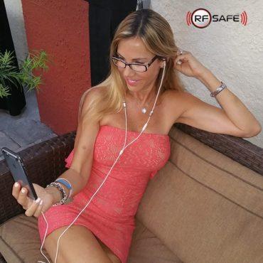 red-dress-white-rfsafe-air-tube-headset
