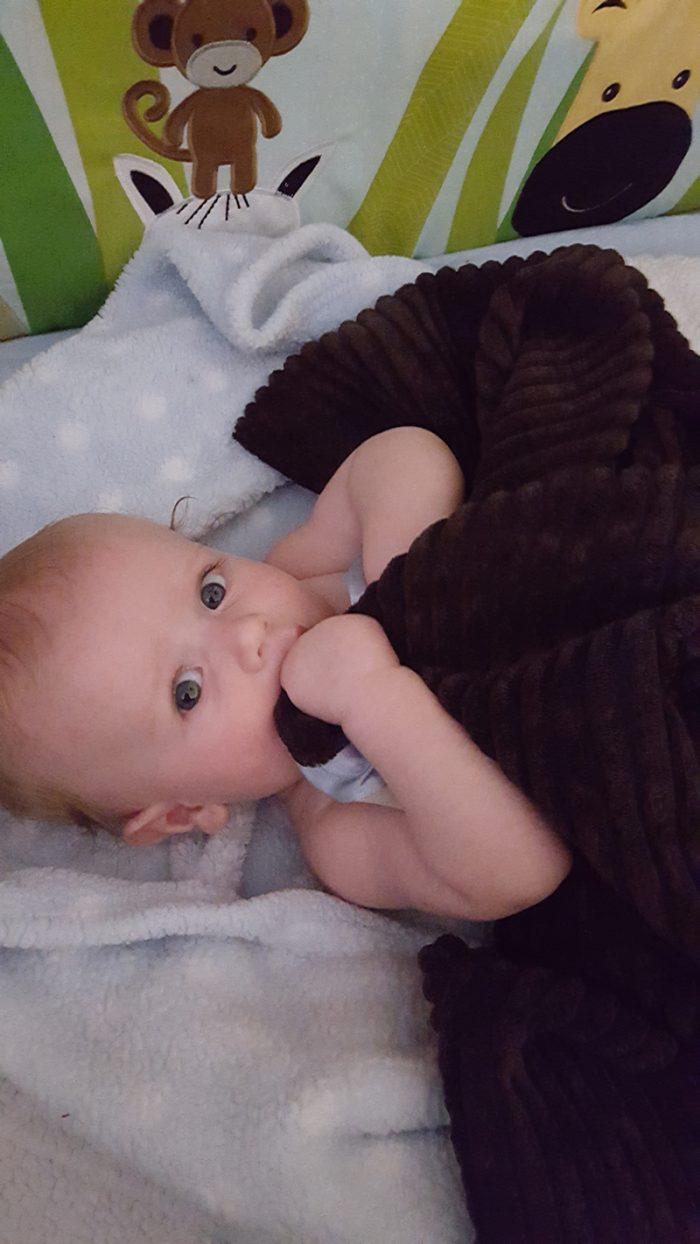 rfsafe-rf-radiation-shielded-baby-blanket-with-hooded-corner