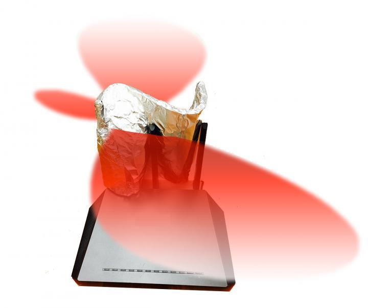 wifi-reflector-radiation-shield